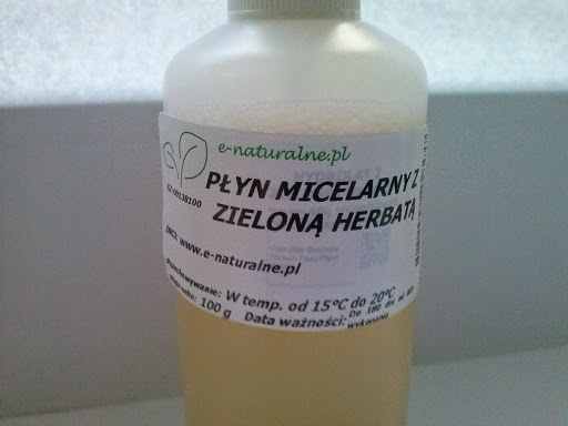http://www.kosmetykiani.pl/2014/12/zrob-sama-pyn-micelarny.html