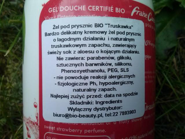 http://www.kosmetykiani.pl/2015/06/prawdziwa-soczysta-truskawka.html#comment-form