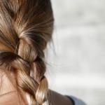 Jak olejować włosy?