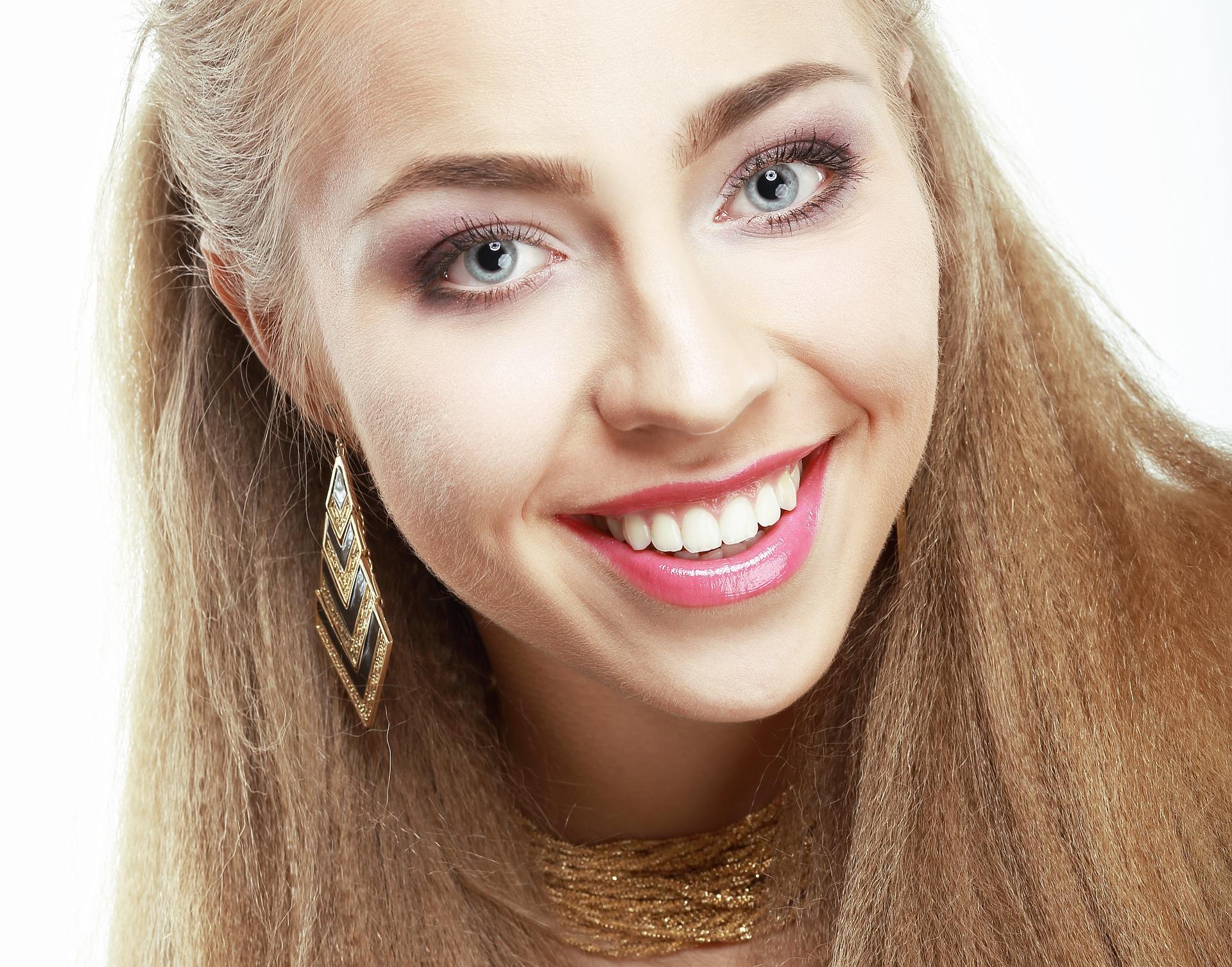 jak dbać o zęby - sposoby na białe zęby