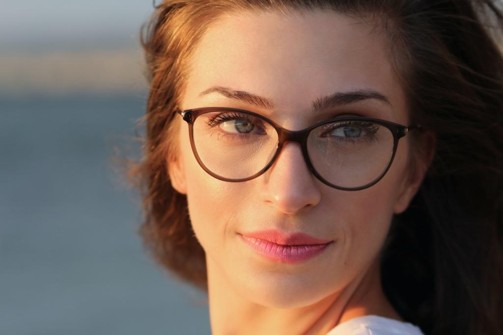 Makijaż dla osób w okularach